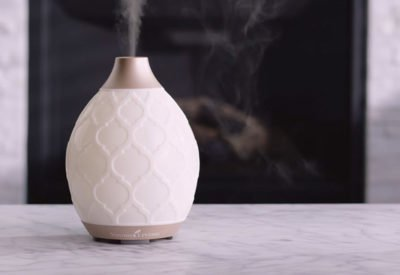 Diffusing essential oils for energy